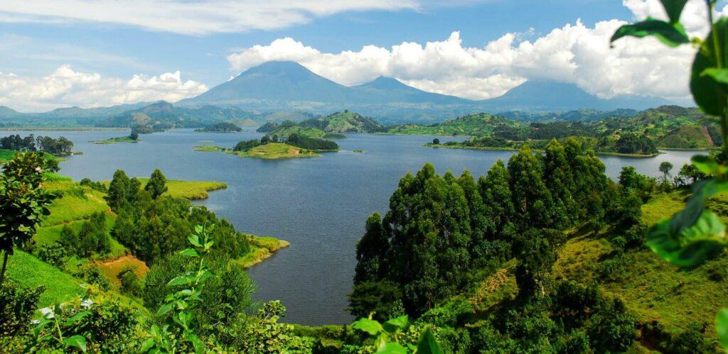 Jezera v národním parku Lake Mburo