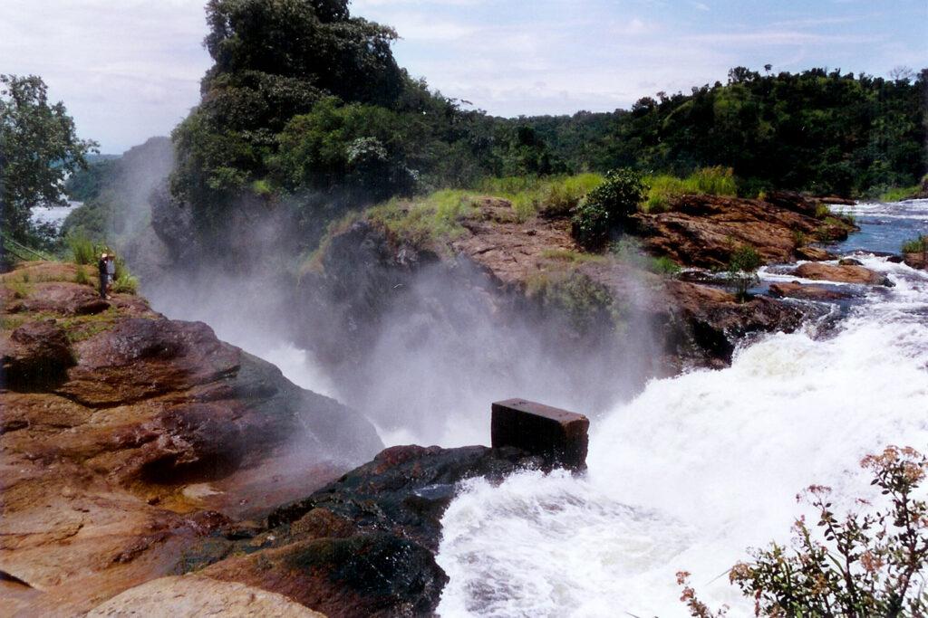 Murchisonovy vodopády při pohledu shora