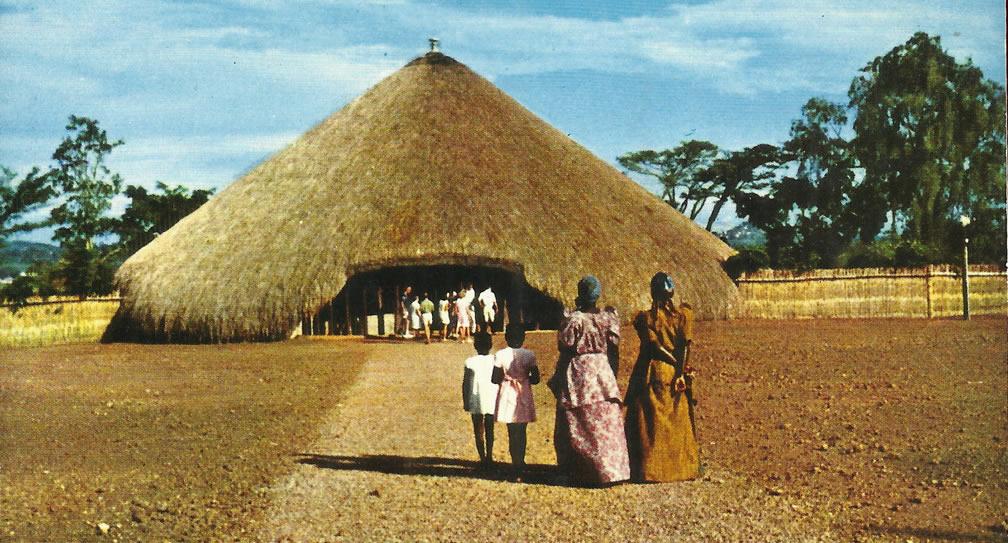 Návštěva Kampaly - hrobky králů Bugandy